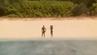 Die Sentinelesen verteidigen ihre Isolation mit Pfeil und Bogen.