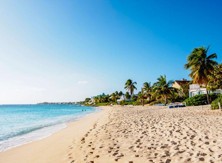 Seven Mile Beach auf Grand Cayman