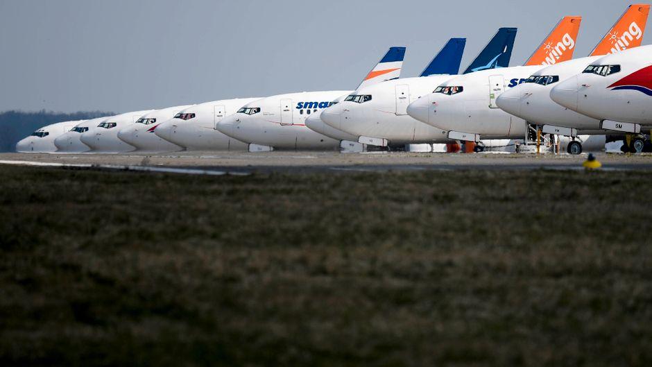 Die Flugzeuge bleiben derzeit am Boden. Einige Airlines sind wegen der Corona-Epidemie bereits pleite. (Symbolfoto)