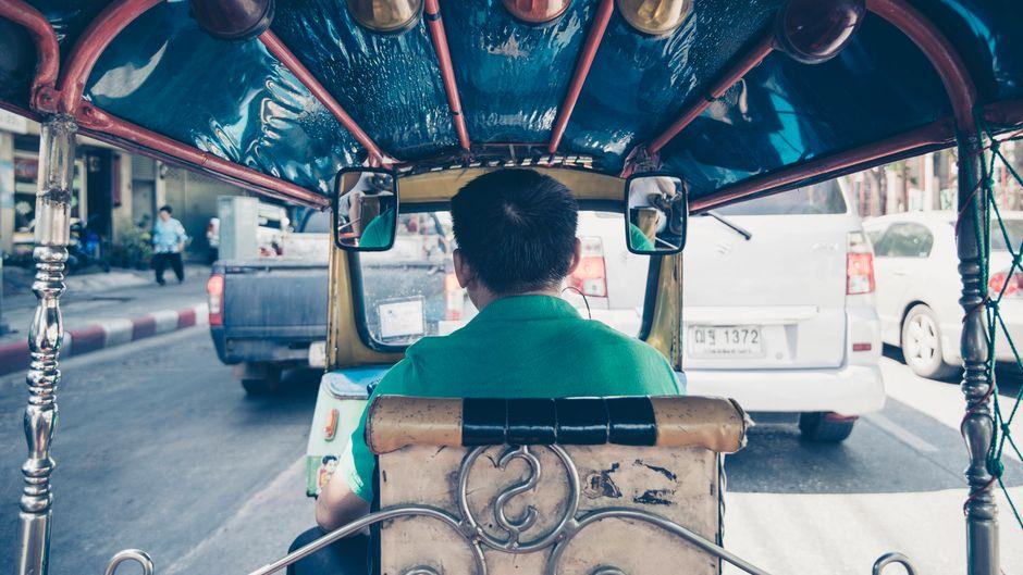 Im Tuk Tuk quer Bangkok: absolut ein Erlebnis.