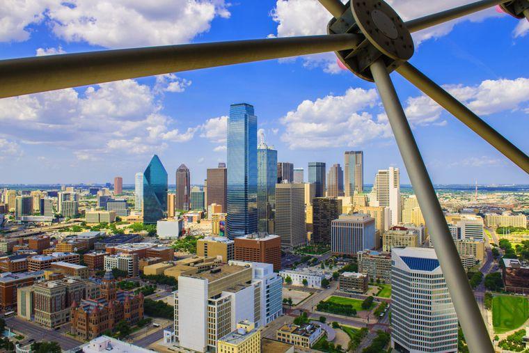 Vom Geo-Deck des Reunion-Towers aus hast du einen Panoramablick über Dallas.