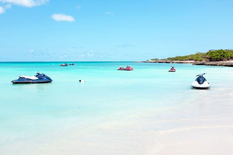 Der Eagle Beach auf Aruba zählt zu den schönsten der Welt.