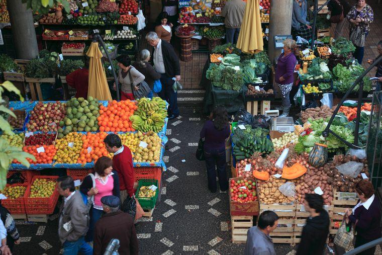 Wer die Kultur Madeiras erleben möchte, der sollte den Mercado dos Lavradores – also den großen Markt – in der Inselhauptstadt Funchal besuchen.