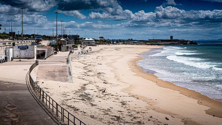 Am Praia do Carcavelos wird es vor allem in den Sommermonaten sehr voll.