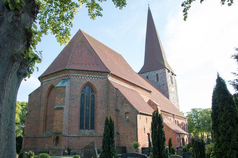 Die St. Johannis-Kirche stammt aus dem 13. Jahrhundert.
