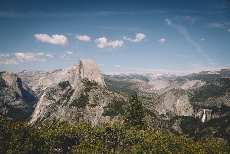 Einer der bekanntesten US-Nationalparks: der Yosemite-Nationalpark in der Sierra Nevada.