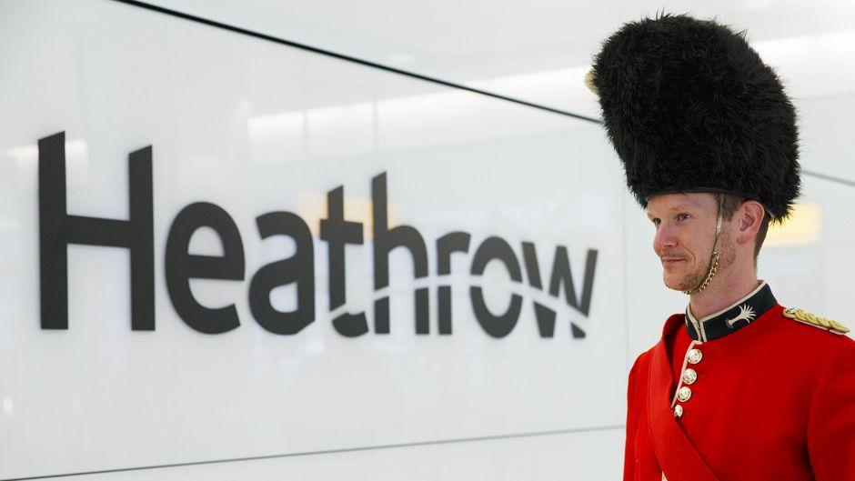 Der Flughafen Heathrow ist ein Stück britischer Fluggeschichte. Das Interieur von Terminal 1 wird jetzt versteigert. (Symbolfoto)
