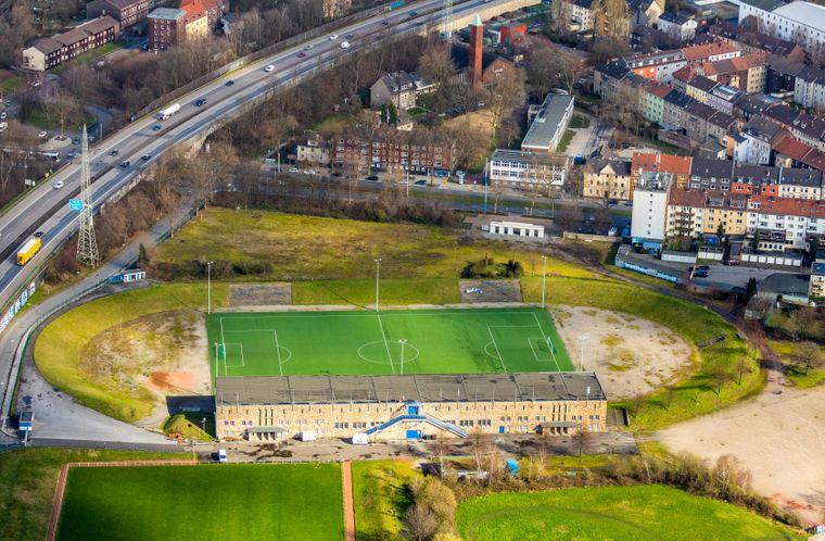 Luftbild der Glückauf-Kampfbahn, ehemalige Spielstätte des FC Schalke 04, in Gelsenkirchen.