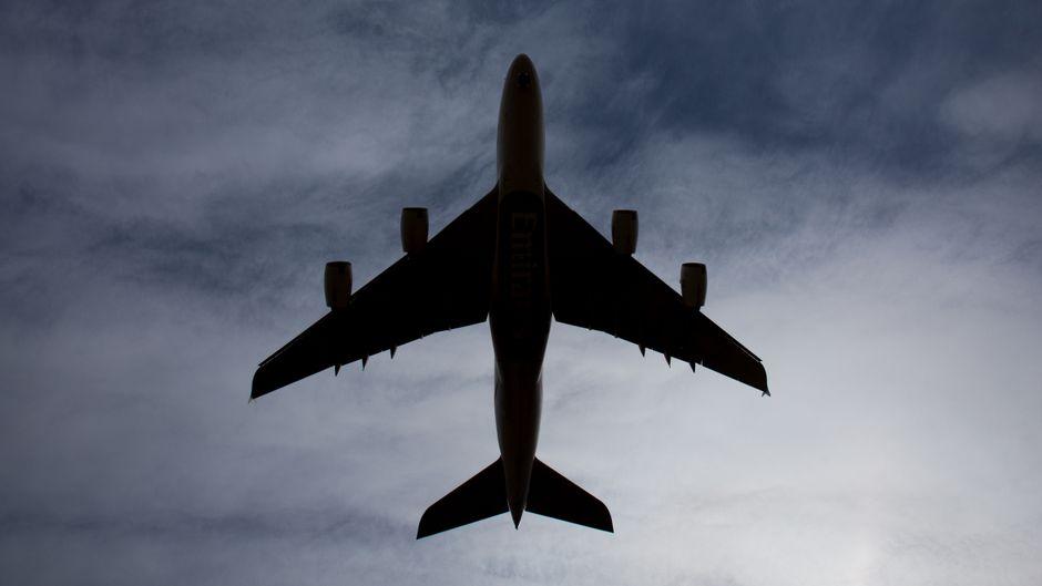 Ein kleiner Sturm kann einem Flugzeug nichts anhaben – eigentlich. (Symbolfoto)