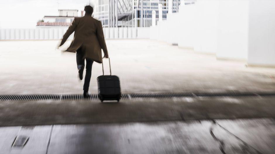 Der Mann entkam vor gut zehn Jahren aus dem Gefängnis. Nun will er zurück – weil er es auf der Urlaubsinsel Teneriffa nicht mehr aushält. (Symbolfoto)