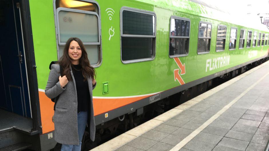Flixtrain im Test: reisereporterin Andrea ist auf der Jungfernfahrt dabei gewesen.
