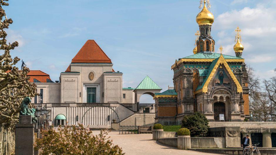 Die russische Kapelle und Ausstellungsgebäude der Künstlerkolonie Mathildenhöhe.