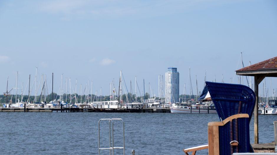 Blick auf den Hafen von Schleswig.