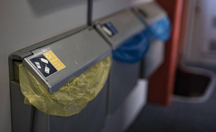 Im Shop der Deutschen Bahn werden sogar Mülleimer angeboten – die Preise liegen zwischen 60 und 129 Euro.