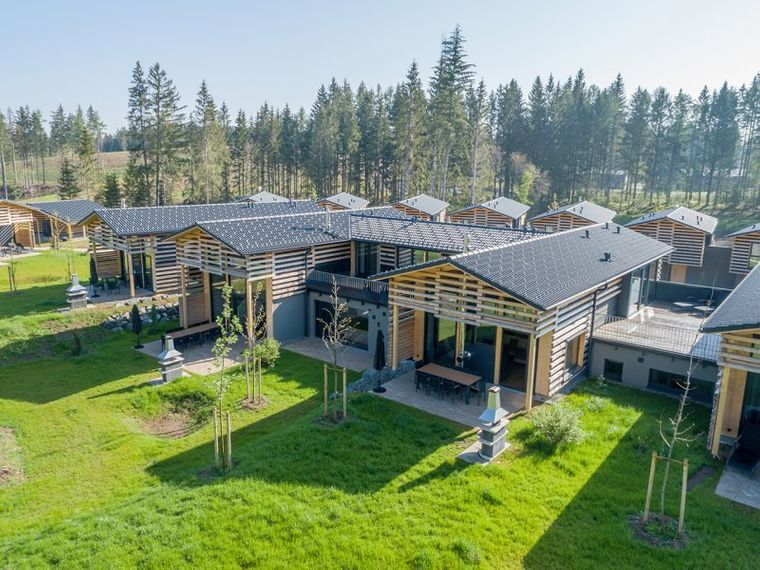 Recycling fängt schon bei dem Bau der Ferienhäuser an.