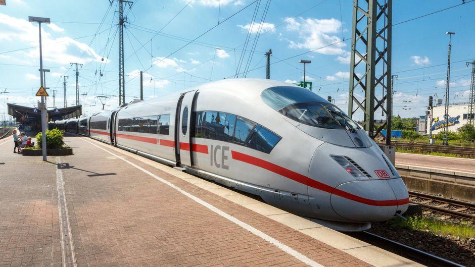 Ein ICE der Deutschen Bahn. (Symbolfoto)