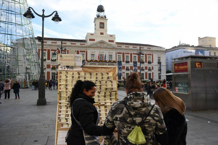 Lotto spielen gehört in Spanien zur Weihnachtstradition.