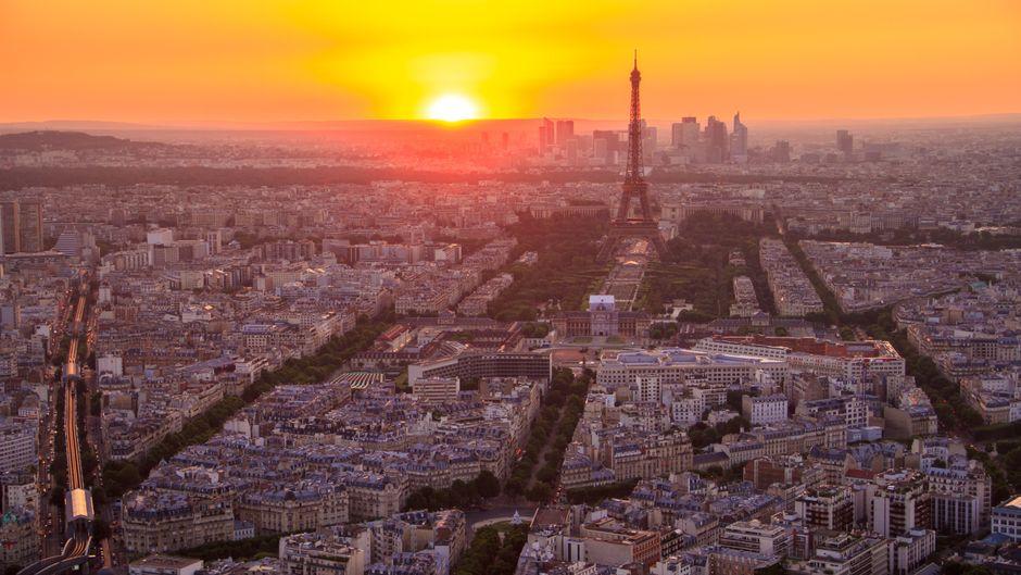 Paris bei Sonnenaufgang