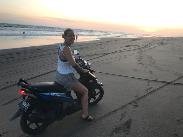 Der Motorroller ist das schnellste und einfachste Fortbewegungsmittel und deswegen auch bei Touristen sehr beliebt.