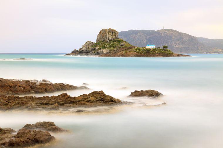 Steine und die kleine Insel Kastri vor Kos.