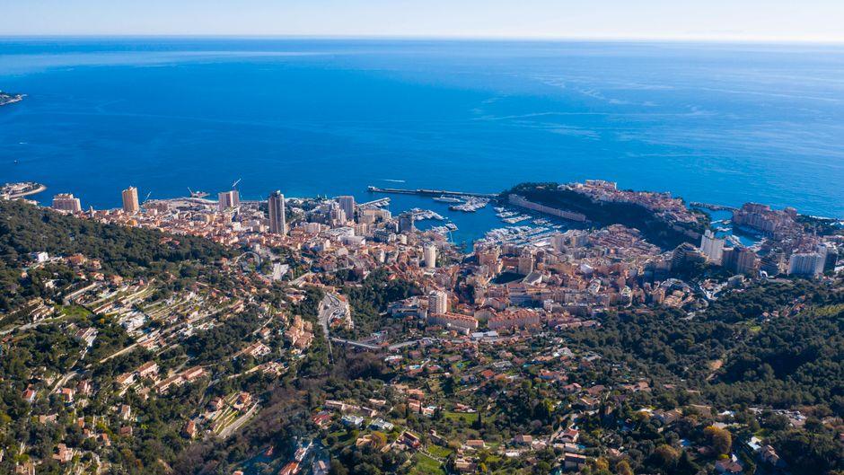 Das Fürstentum Monaco ist einer der am dichtesten besiedelten Staaten der Erde – dafür gibt es für Besucher aber auch eine Menge zu entdecken.
