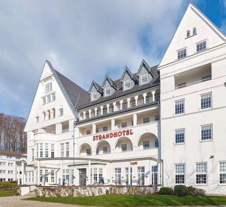 """Das Restaurant Felix befindet sich im """"Strandhotel""""."""