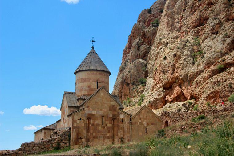 Überall in Armenien stehen Klöster und Kirchen.