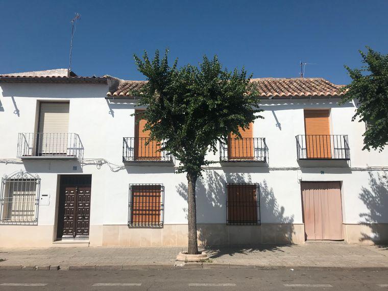 In der Mittagshitze ist nichts los auf den Straßen von Almagro.