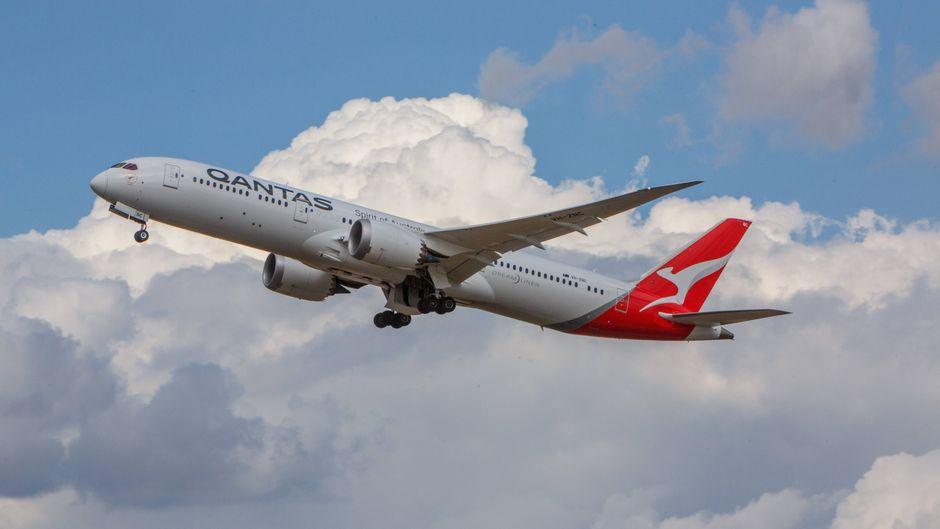 Qantas bietet jetzt mit der Boeing 787 Dreamliner Rundflüge über Australien an.