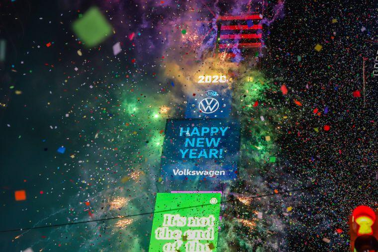Tradition seit 1907: Seit über hundert Jahren rutscht ein Ball von der Spitze des Wolkenkratzers am Times Square. In diesem Jahr wird jedoch alles neu.