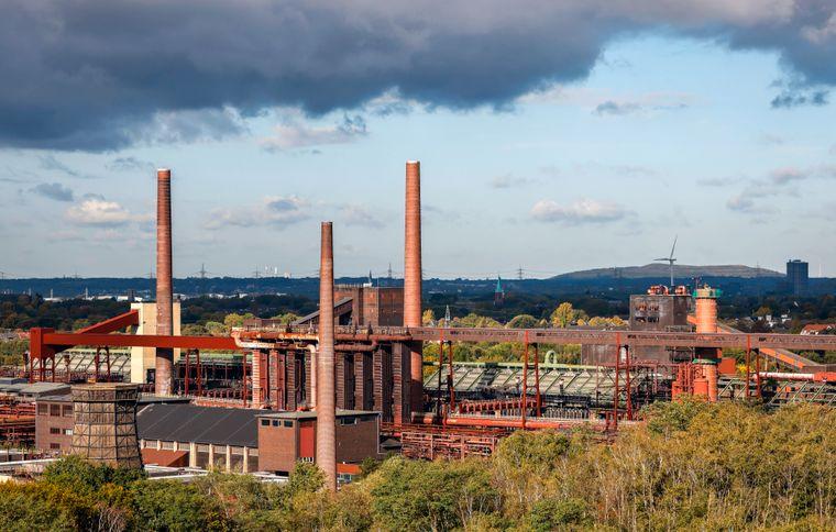 Blick auf den Industriekomplex Zeche Zollverein in Essen.