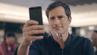 Arm und Smartphone in gewohnte Selfie-Position bringen – und schon kann die Flugreise starten. So einfach soll es bei Iberia für Passagiere bald laufen.