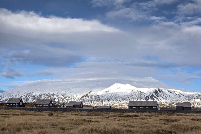 Der Vulkan Snæfellsjökull prägt die Landschaft der Halbinsel Snæfellsnes.