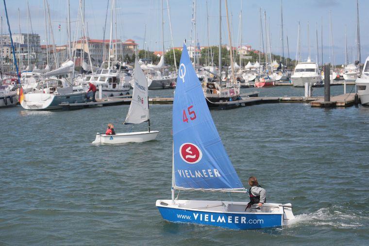 Kühlungsborn ist ein beliebtes Revier für Wassersportler.