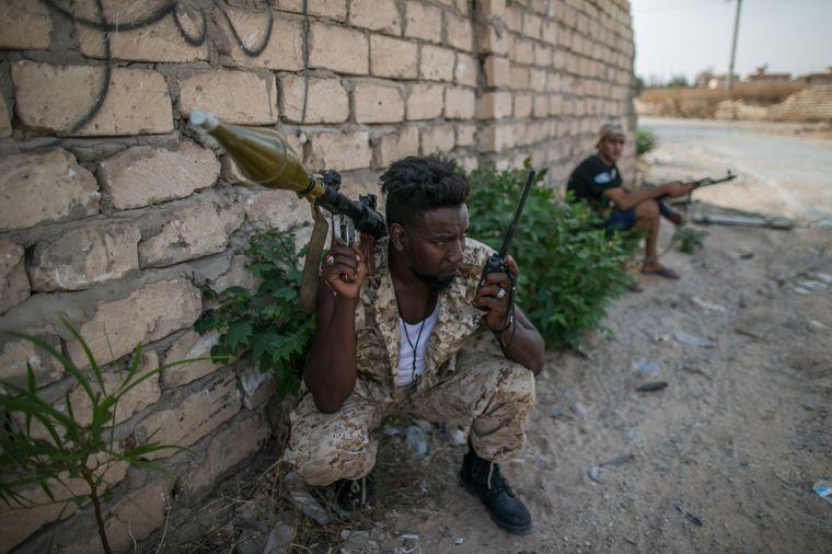 Bewaffneter Mann in Libyen.