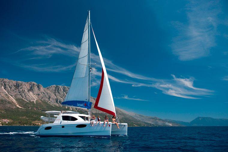 Segelyacht vor der griechischen Küste