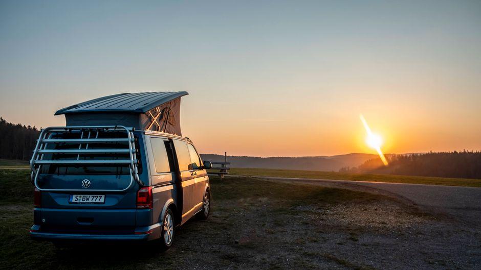 Die Wahl des richtigen Wohnmobils für den Camping-Urlaub fällt nicht immer leicht. (Symbolbild)