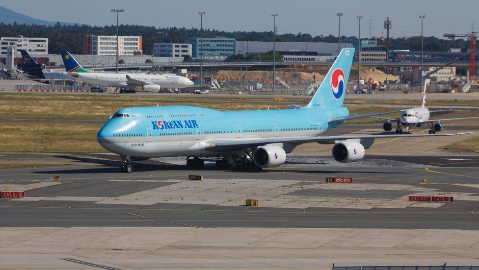 Eine Maschine von Korean Air rammte am Frankfurter Flughafen ein Air-Namibia-Flugzeug. (Symbolfoto)