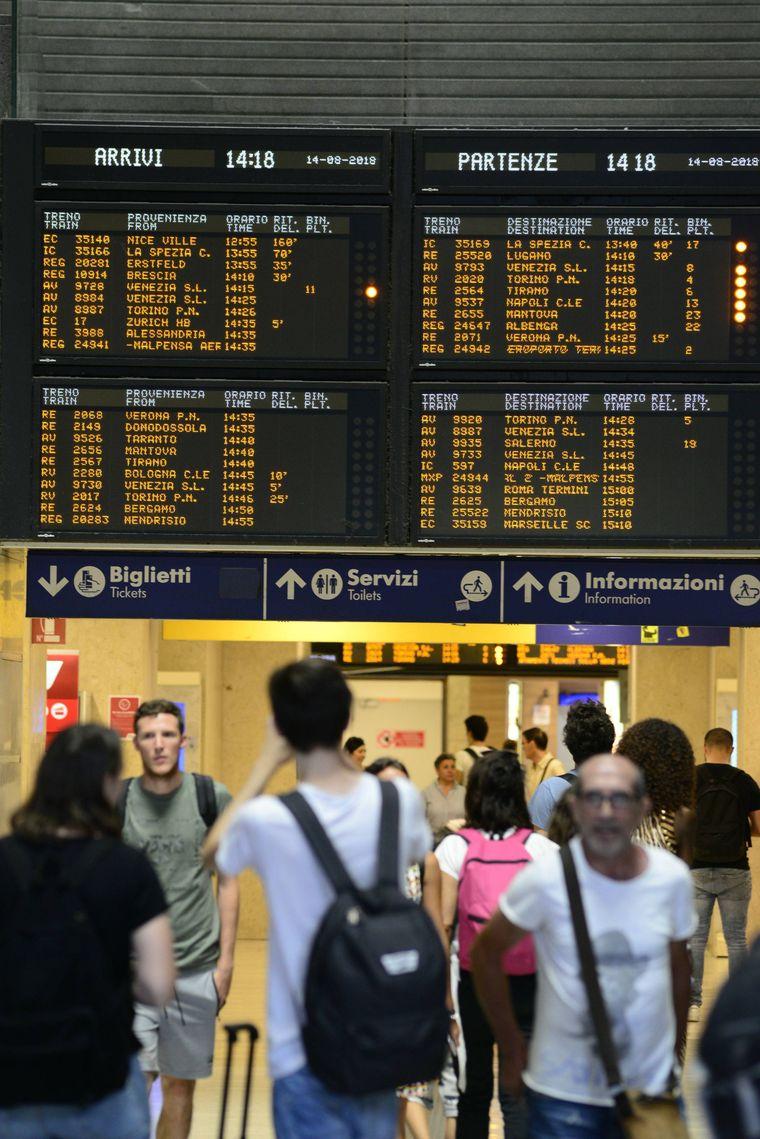 Nach dem Brückeneinsturz in Genua kommt es in Italien auch im Bahnverkehr zu Störungen.