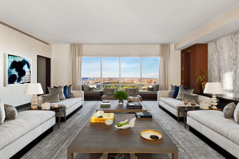 Das Wohnbereich in der Suite.