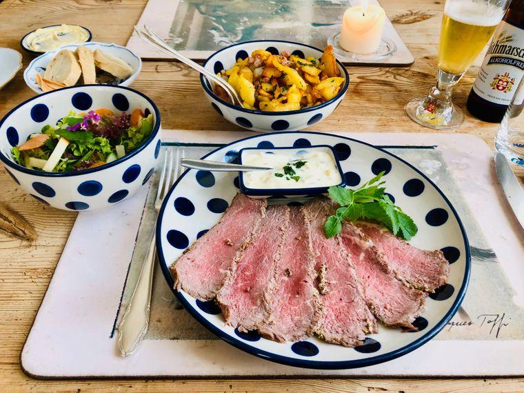 Leibgericht zum Mittag im Gasthof Alt Sieseby.