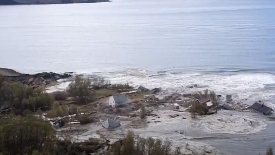 In Alta rutschten Häuser ins Meer.