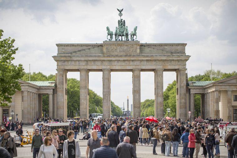 Das Brandenburger Tor steht auf jeder Sightseeing-Liste.