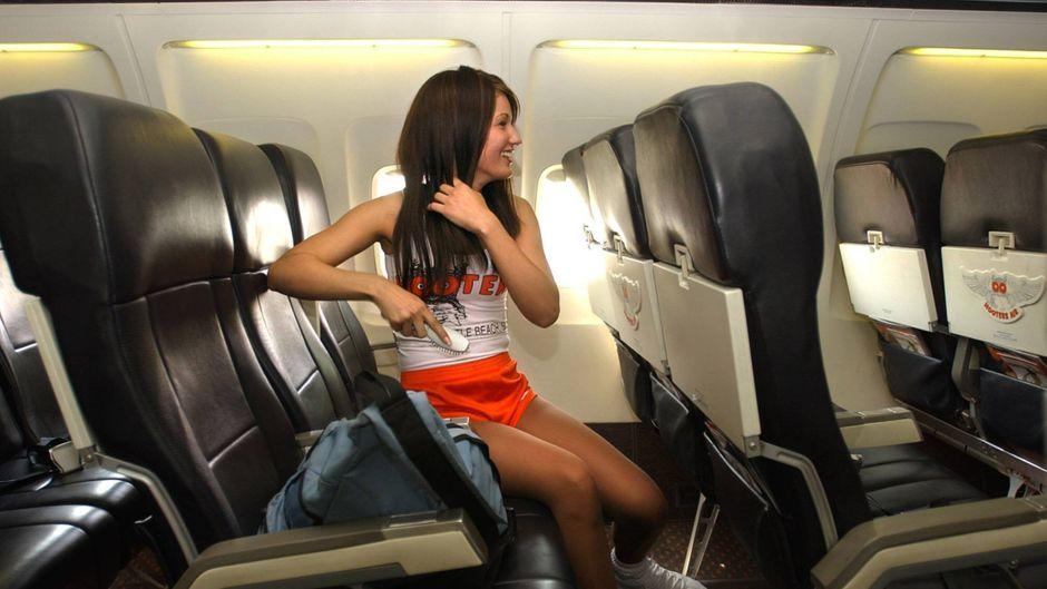 """Wenn die scharfen Chicken-Wings """"extraheiß"""" serviert werden sollen: Die """"Hooters Girls"""" gehörten für ein paar Jahre fest zur Crew einer Airline."""