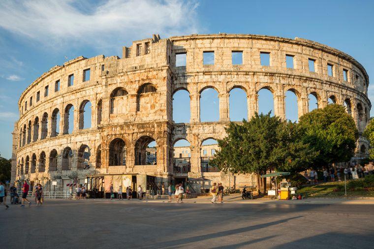Das römische Amphitheater Pula ist das sechstgrößte Amphitheater der Antike und eines der am besten erhaltenen.