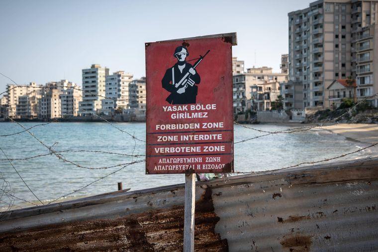 Varosha am Meer war einst der größte touristische Ort der Insel Zypern.