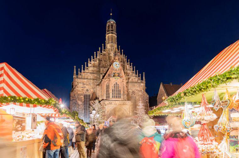 Nürnberger Christkindlesmarkt in der Altstadt.