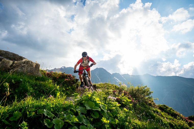 Sonne, Berge und Action: Paznaun ist sicherlich der Traum vieler Mountainbike-Fans.