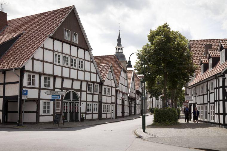 Fachwerkhäuser in der historischen Altstadt von Wiedenbrück, Rheda-Wiedenbrück, Münsterland, Nordrhein-Westfalen
