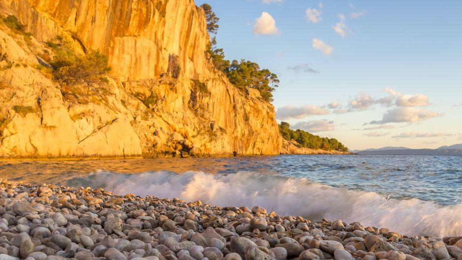 Nugal Beach bei Makarska in Kroatien.
